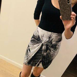Dresses & Skirts - Tie dye rouched skirt